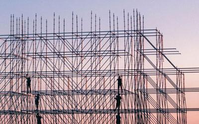 מי אחראי על הבטיחות באתרי הבנייה?